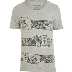 River Island Grey tattoo arm print t-shirt (34 BRL) ❤ liked on Polyvore featuring men's fashion, men's clothing, men's shirts, men's t-shirts, shirts, tops, guy, tees, sale and mens scoop neck t shirt