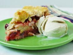 Cranberry Apple Pie w/ eggnog icecream