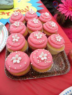 pretty girly cupcakes!