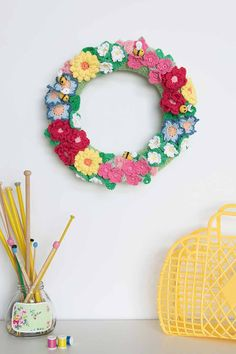 40 crochet flower patterns and what to do with them - Mollie Makes