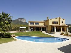 Amazing property with wonderful views in Alaró