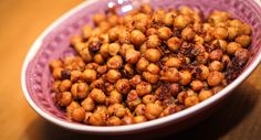 5* Geröstete Kichererbsen (ROASTED CHICKPEAS) by Eat this! Yummy (next time I will roast them for a little bit longer)