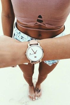 Define your style with MVMT Women's Rose Gold/Peach Leather Watch! You can also check out more models here. Amazing quality at a good price!
