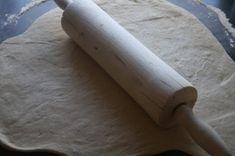 Verdens beste frokostbrød - Veganeren Rolling Pin, Rolls, Food And Drink, Bread, Baking, Buns, Brot, Bakken, Bread Rolls