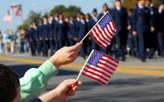 Are you planning to splurge on an elaborate vacation this Memorial Day? There are other ways you can enjoy a three-day weekend without breaking your budget. Memorial Day is a tim… Images Of Memorial Day, Memorial Day Events, Memorial Day Celebrations, Veterans Day Images, Veterans Day Quotes, Veterans United, Honor Veterans, Patriots Day, Educational Videos