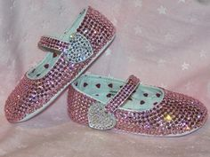 Pink Swarovski Rhinestone Baby Shoes in Bling Couture Bling Baby Shower, Baby Bling, Pink Bling, Baby Booties, Baby Shoes, Rhinestone Shoes, Bling Shoes, Baby Sneakers, Cute Baby Clothes