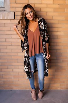 Black/Ivory Flower Print Kimono - Dottie Couture Boutique