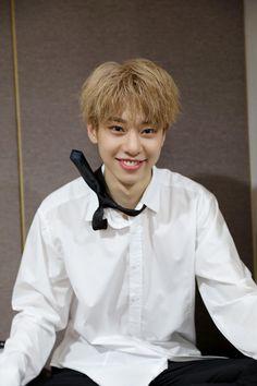 he looks like a drunk nerd Kim Dong, Golden Child, Kpop Boy, K Idols, New Music, Boy Groups, Album, Boys, Women