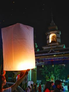 9 reasons to visit Chiang Mai, Thailand right now  Yi Peng festival thesweetwanderlust.com