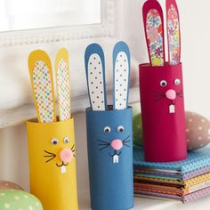 A really simple Easter craft to keep the kids entertained in the holidays - super-cute toilet roll bunny rabbits! Find more easy craft ideas at http://prima.co.uk/craft/easy-craft-ideas