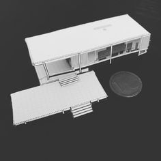Finally got round to making the miniature #Farnsworth House