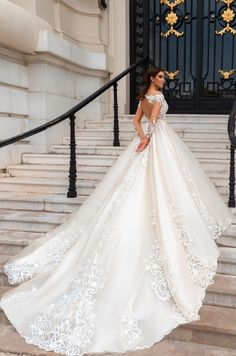 2019 Newest Long Sleeves Ball Gowns Wedding Dresses Modest Sheer Neckline Lace Appliques Bridal Gown Court Train Robe Mariage Wedding Dress Train, Wedding Dress Sleeves, Long Wedding Dresses, Long Sleeve Wedding, Princess Wedding Dresses, Bridal Dresses, Wedding Gowns, Tulle Wedding, Dress Lace
