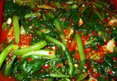 K Food, Food Menu, Korean Dishes, Korean Food, Cooking Recipes For Dinner, Small Succulents, Seaweed Salad, Kimchi, Food Plating