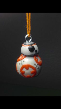 Polymer Clay selfmade fimo soft bb 8 Star Wars the Force awakes - Star Wars Jewellery - Fashionable Star Wars Jewellery - - Fimo Polymer Clay, Polymer Clay Figures, Polymer Clay Miniatures, Polymer Clay Projects, Polymer Clay Creations, Polymer Clay Jewelry, Clay Crafts, Polymer Clay Disney, Star Wars Schmuck