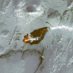 Graban en Islandia un gigantesco campo de lava más grande queManhattan
