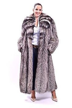 SAGA-FULL-LENGTH-SILVER-FOX-FUR-COAT-VERY-LONG-CLASS-OF-LYNX-MINK-RED-BLUE