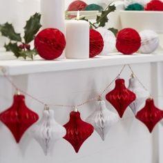 Guirlande de fanions jute et étoiles blanches pour décoration de sapin de noël traditionnel