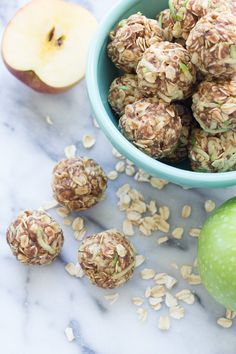 These Apple Cinnamon Cookie Energy Bites are a healthy snack that's easy to make. Filled with oats, flaxseed, almond butter, and fresh apple! Protein Snacks, Protein Bites, Energy Bites, Healthy Protein, Apple Recipes, Raw Food Recipes, Cooking Recipes, Healthy Recipes, Healthy Dishes