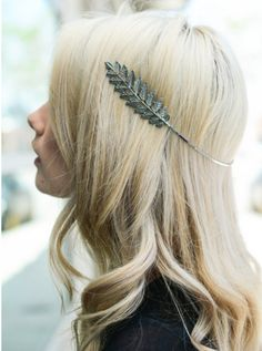 Accentuate your festival outlook with the Silver Grecian Halo Boho Headband. Bobby Pin Hairstyles, Box Braids Hairstyles, Trendy Hairstyles, Boho Accessories, Hair Accessories For Women, Hair Scarf Styles, Long Hair Styles, Halo Braid, Boxer Braids