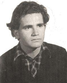 En Almería, la madrugada del 13 al 14 de agosto de 1976, Javier Verdejo Lucas murió abatido por las balas de la Guardia Civil. Tení...