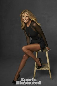 Christie Brinkley - Sports Illustrated 2014 Legends - CelebMafia