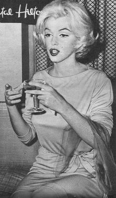 Marilyn in Mexico City at the Hilton - 1962 - she went there to buy furniture for her new house.