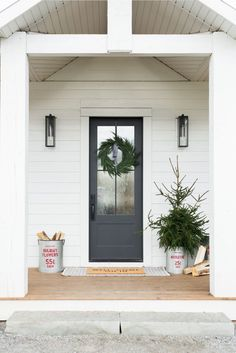 Farmhouse Front Door Entry Contemporary With Porch Light . 40 Front Door Flower Pots For A Good First Impression. Front Door Glass: 17 Home Improvement Ideas For You . Exterior Design, Front Porch Decorating, Front Door Design, Brick Exterior House, Farmhouse Front Door, Door Color, Front Door Styles, Exterior Doors, House Exterior