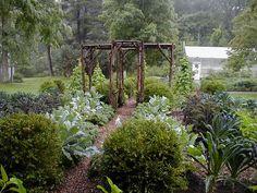 Beautiful photo of Edible Landscaping: Kitchen Garden | jardin potager | bauerngarten | köksträdgård