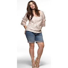 Cute outfit!!!! love the shoes! :) !