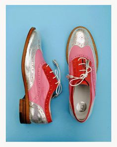 ABO oxford silver/pink/coral shoes by Iva Ljubinkovic Metallic Oxfords, Coral Shoes, Fly Shoes, Mens Boots Fashion, Women Oxford Shoes, Pretty Shoes, Custom Shoes, Loafers, Brogues