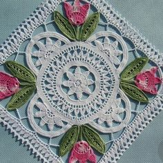 Home Decor Crochet Patterns Part 24 - Beautiful Crochet Patterns and Knitting Patterns Crochet Doily Diagram, Crochet Lace Edging, Granny Square Crochet Pattern, Crochet Squares, Irish Crochet, Crochet Crafts, Crochet Home Decor, Crochet Projects, Lace Doilies