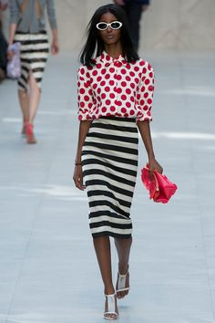 TIPOLOGÍA: Falda tipo lápiz a la rodilla | Burberry Prorsum | Spring 2014 Ready-to-Wear Collection | Estampas