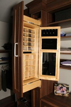HGTV closets walkin drawers storage glass knobs Lovely walk