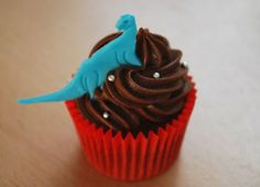 - capcake, ganache, chocolate, dinossauro -