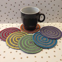 Handmade by E★ Crochet Crafts, Crochet Projects, Handmade, American Games, Cups, Amigurumi, Hand Made, Craft, Arm Work