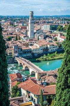 Places To Travel, Places To Visit, Travel Destinations, Italy Culture, Italy Travel Tips, Lake Garda, Visit Italy, Northern Italy, Venice Italy