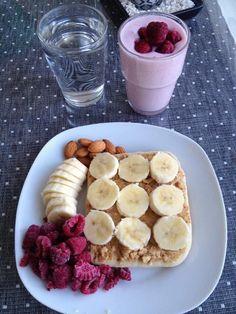 A yummy, healthy breakfast Healthy Snacks, Healthy Eating, Healthy Recipes, Clean Eating, Diet Recipes, Breakfast Healthy, Perfect Breakfast, Breakfast Ideas, Healthy Breakfasts