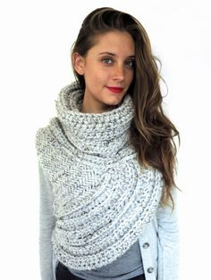 Huntress Vest by Two of Wands Make-Along by Alexandra Tavel | Project | Crochet | Knitting / Outerwear | Scarves, Shawls, & Cowls | Accessories | Cardigans & Sweaters | Women's | Kollabora