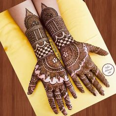 Henna is the most traditional part of weddings throughout India. Let us go through the best henna designs for your hands and feet! Latest Bridal Mehndi Designs, Indian Henna Designs, Full Hand Mehndi Designs, Henna Art Designs, Mehndi Designs For Girls, Mehndi Designs 2018, Engagement Mehndi Designs, Modern Mehndi Designs, Dulhan Mehndi Designs