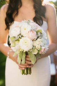 Pink and White Bouquet | photography by http://korielynn.com/