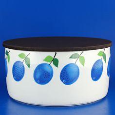 Stig Lindberg (Prunus 1962) Gorgeous bowl with lid medium