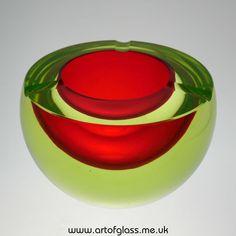 Murano large sommerso red uranium glass ashtray bowl
