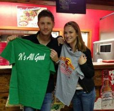 Jensen & Danneel at C'est Bon restaurant in Mermenteau, Louisiana Nov 8th 2013