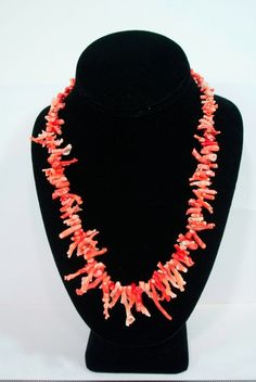 """JUST LISTED 10/11/15 19.5"""" Long 47 Grams Vintage undyed Graduated Natural Coral THICK branch Necklace Time left: Time left: 6d 23h Sunday, 7:59PM Starting bid:US $0.99 [ 0 bids ]"""