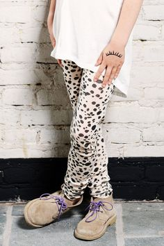 Legging from Miss Ruby Tuesday.