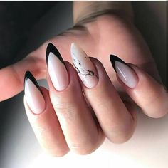 Want some ideas for wedding nail polish designs? This article is a collection of our favorite nail polish designs for your special day. Stylish Nails, Trendy Nails, Cute Nails, Almond Acrylic Nails, Best Acrylic Nails, Perfect Nails, Gorgeous Nails, Nail Polish Designs, Nail Art Designs