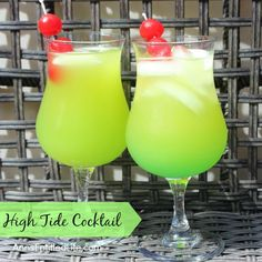 The High Tide Cocktail will remind you of warm summer days and fun times on the beach. A sweet, delicious rum cocktail with a touch of Midori citrus, the high tide is a fabulous adult libation. Midori Cocktails, Malibu Rum Drinks, Coconut Rum Drinks, Pool Drinks, Cocktail Drinks, Fun Drinks, Cocktail Recipes, Alcoholic Drinks, Beverages