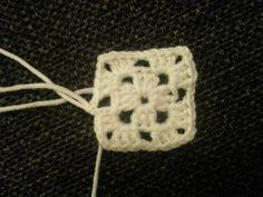 DAMER-for faen - En skikkelig kjærringblogg, rett og slett.. Skrevet av tvillingene Line og Gro. Crochet Earrings