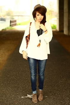 Frenchwoman Fruity-Girl's style is so inspiring. She dresses exactly how I want to dress.