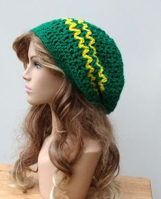 47 NCAA Oregon Ducks Cable Knit Embroidered Raised Cuff Knit Hat